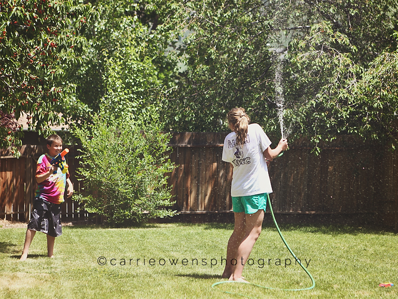 salt-lake-city-utah-child-photographer-backyard-fun-06.jpg