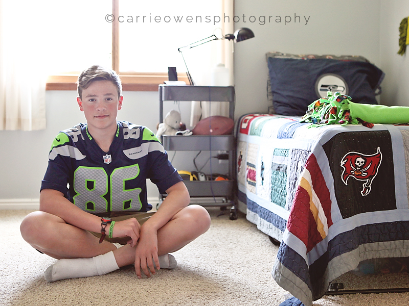 salt-lake-city-utah-teen-photographer-seahawks-bedroom-redesign-04.jpg