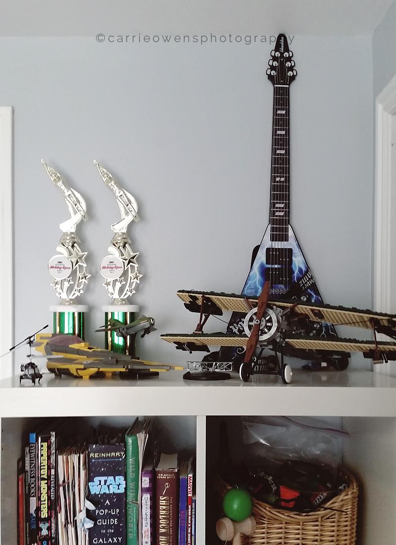 salt-lake-city-utah-teen-photographer-seahawks-bedroom-redesign-11.jpg