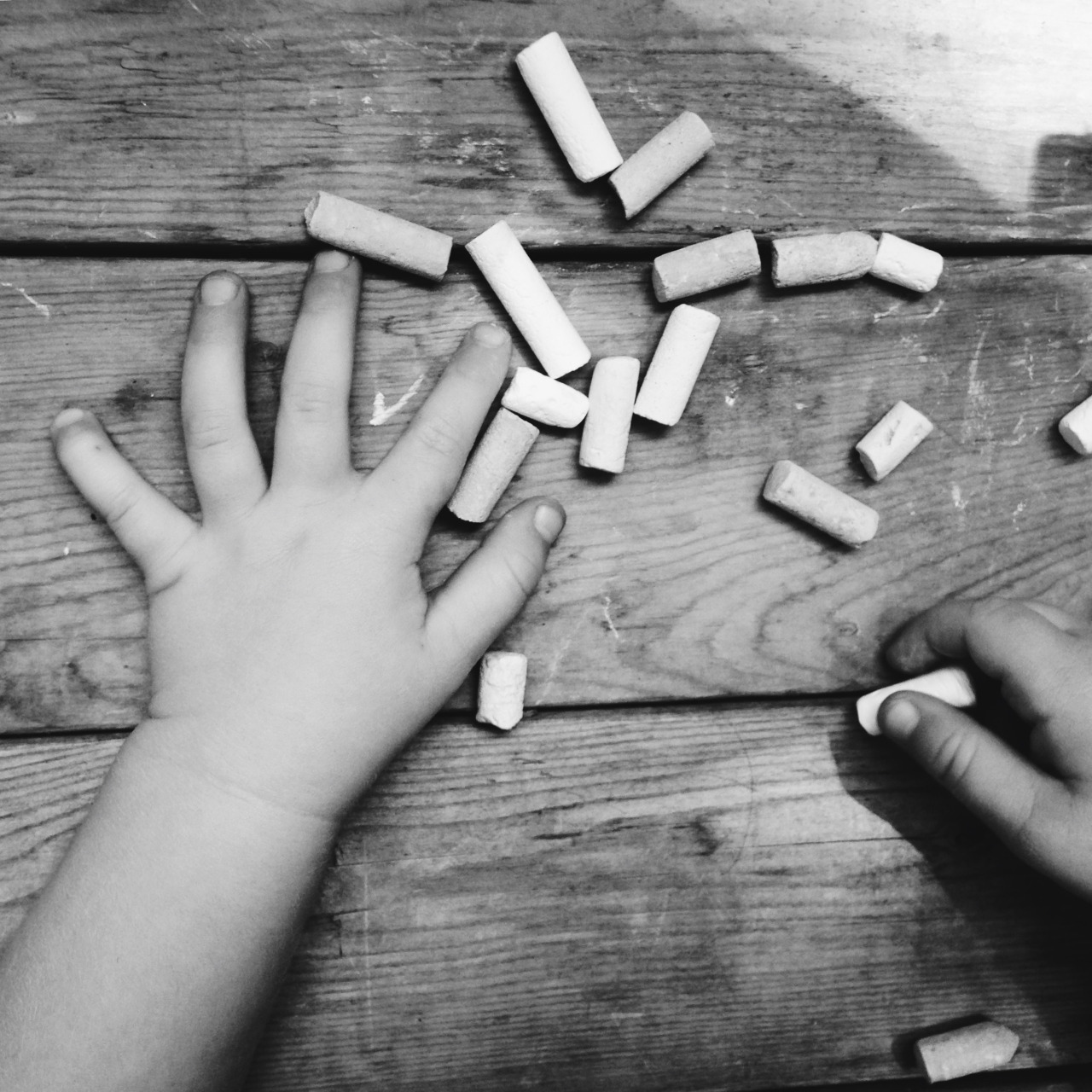 thecuratedtee :      A CURATED TIP FOR FINE MOTOR DEVELOPMENT            Don't throw out those little broken pieces of chalk, crayons,  pastels etc. They are fantastic for fine motor development, because they  require your child to use a pincer grasp to use them!