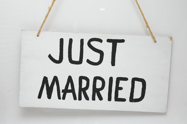 Just Married sign - Hire for $8