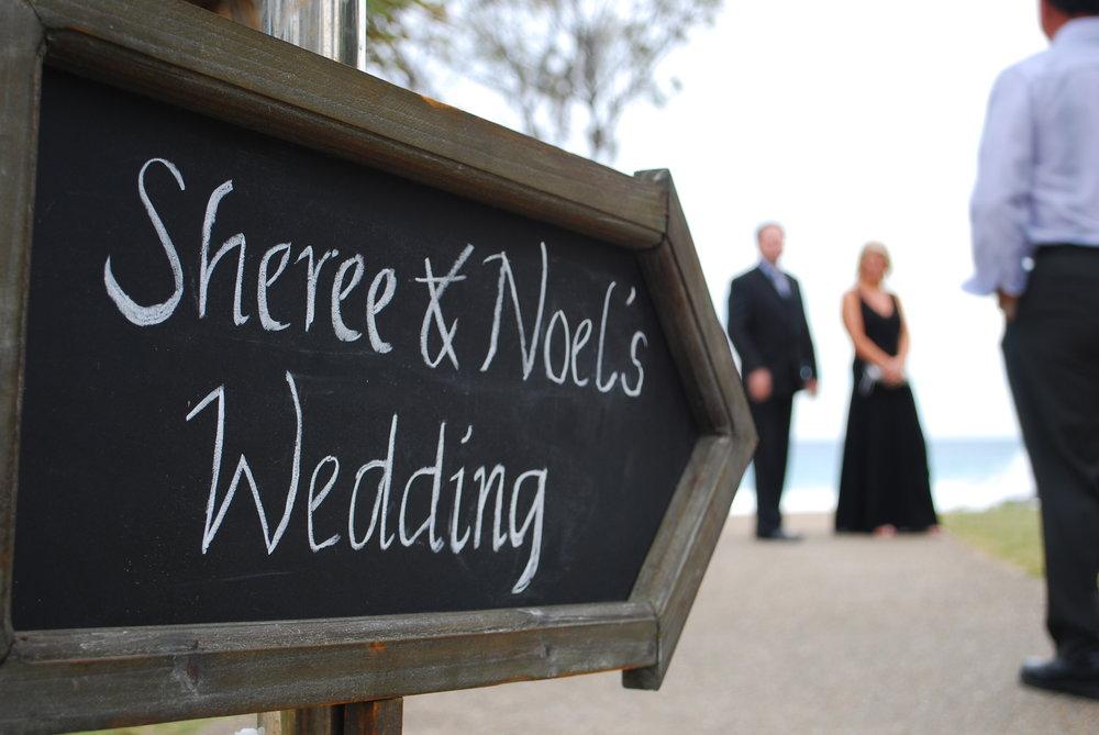 Blackboard arrow wedding