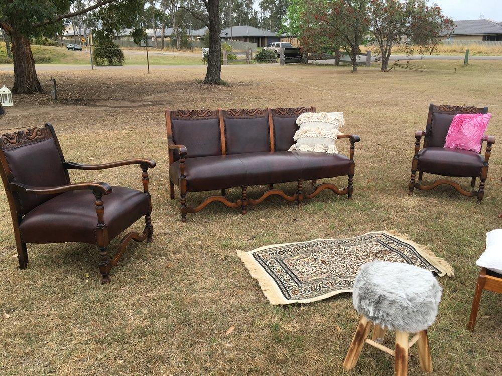 Antique lounge