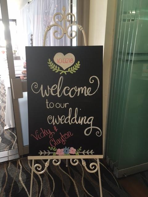 Wedding blackboard welcome on easel