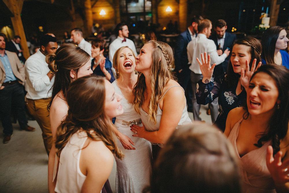 travis-hallmark-sarah-the-addison-grove-austin-wedding-photographers-00366.jpg