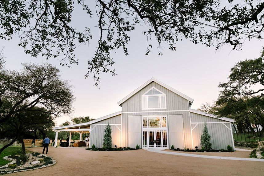 Brides of Austin :  7 SPECTACULAR RANCH STYLE WEDDING VENUES IN THE AUSTIN AREA