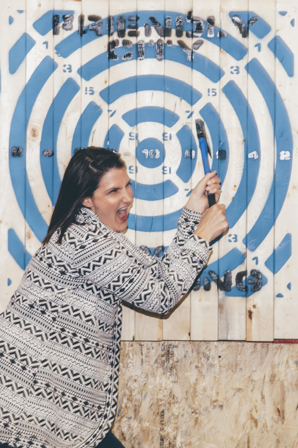axe throwing-14.jpg