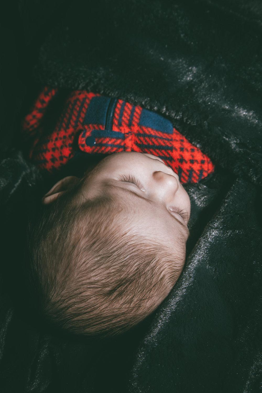 Camden newborn-35.jpg