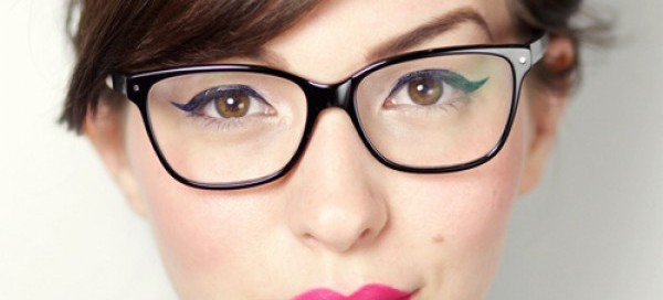 winged-liner-and-bright-lips-glasses-e1353937534643-600x272