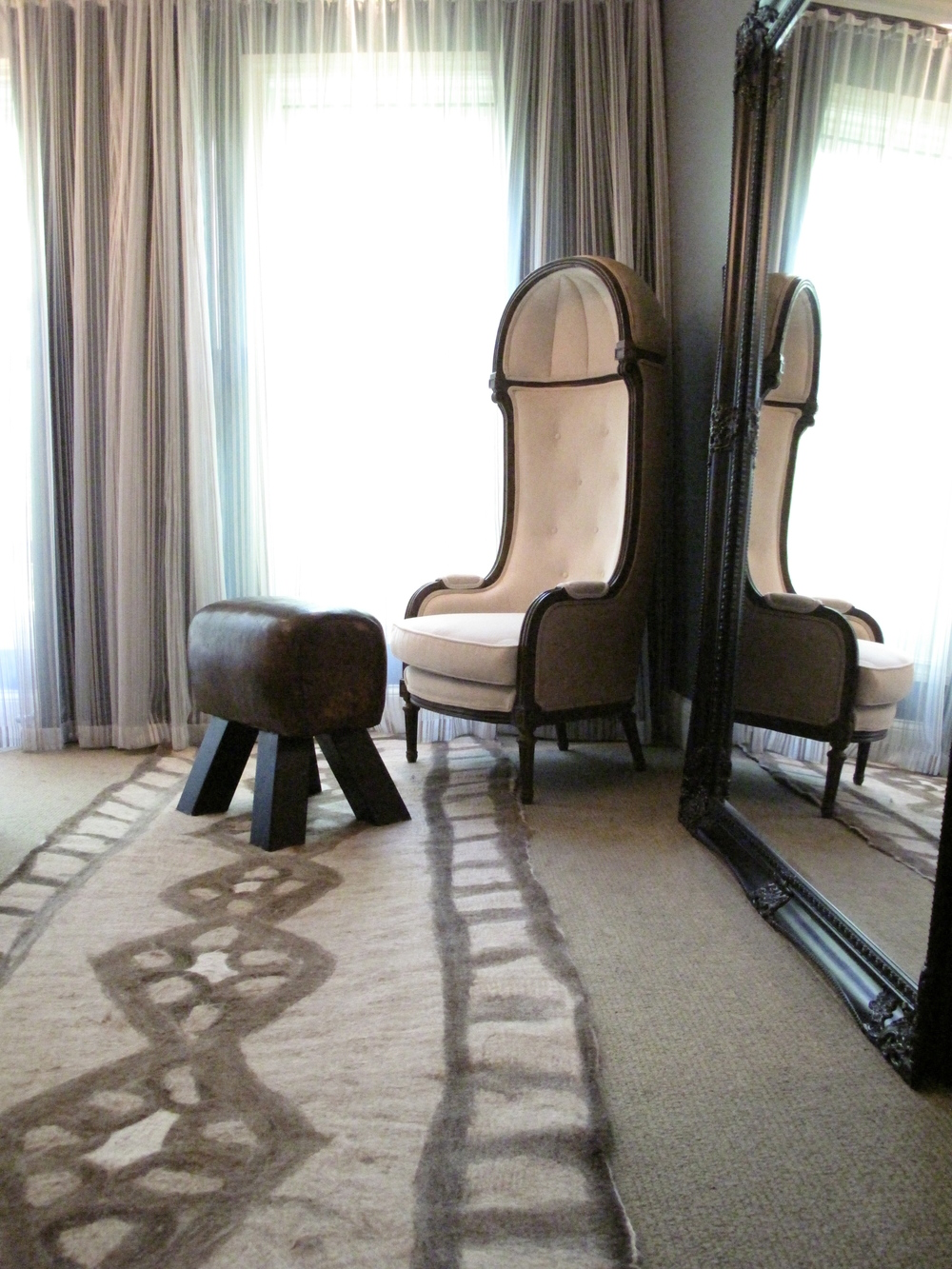 rug:chair copy.jpg