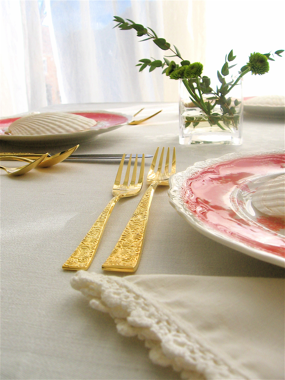 orange table setting.JPG