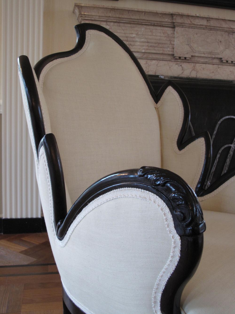 leaf_chair_brass.JPG