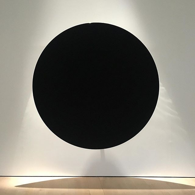 """The world burning on the shore of an unknowable void"" -Cormac McCarthy. the perfect mirror. Art piece by #frederikdewilde in coordination with NASA scientists to create the 'blackest black' using #carbonnanotubes. . . . #singapore #minimalism #minimalismsg #singaporeart #nationalgallerysingapore #unknowablevoid #cormacmccarthy #blackestblack #black #thecrossing #slow #blacksquare #malevich #circle #nasa #mirror #mirrorselfie"