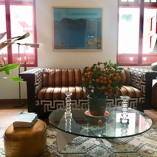 Home living. Painting and paper collage Inle Lake No. 1 by Min Zaw, a Myanmar/Burmese artist, whose work I discovered @artseasonssg . . . . . #minzaw #artsg #singapore #artgallery #art #interiordesign #interiors #interiorstyling #interiordesigner #interiordesignersg #interiordesignernyc #myanmar #myanmarart #burmeseart #burma #fineart #artlovers #yangon #chinatown #interior #patterns #livingroomdecor #inlelake #fishing #zadiesmith #feelfree
