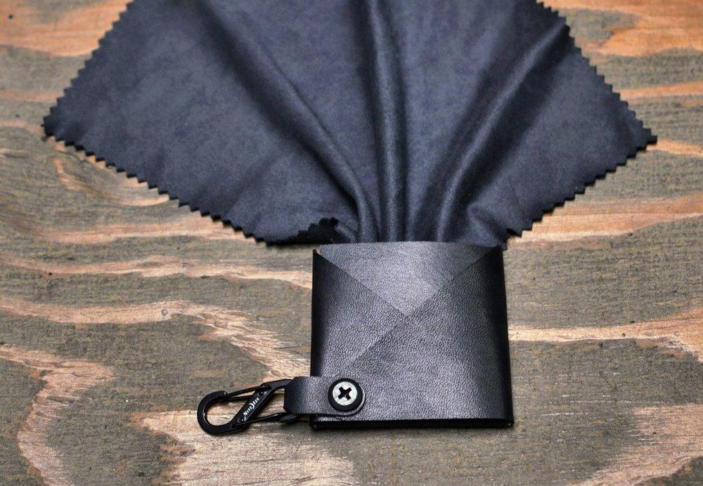 ParaCloth - Black