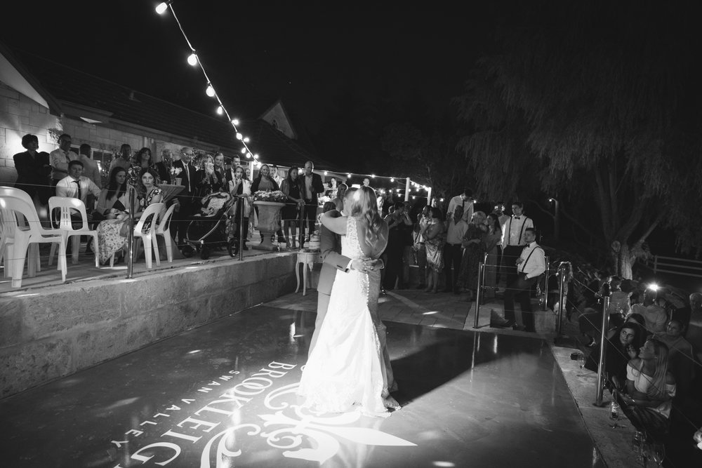 Angie Roe Photography Brookleigh Estate Swan Valley Perth Wedding (62).jpg