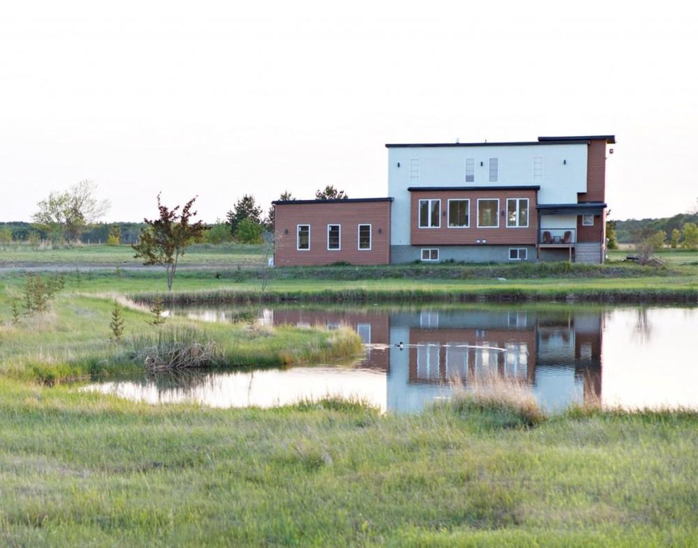 modern acreage ellaney.jpg