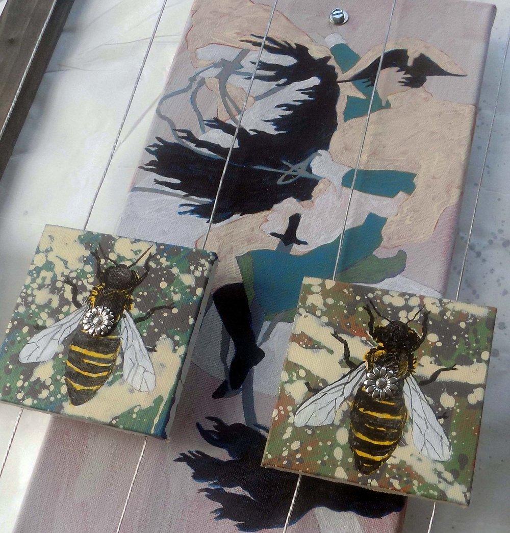 NAPOLEON BEES - DETAIL
