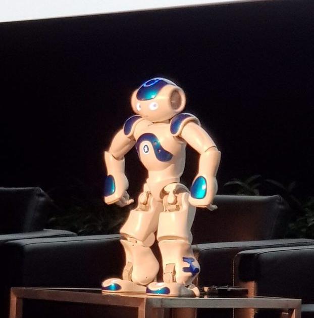 gnowbe_robot.jpg