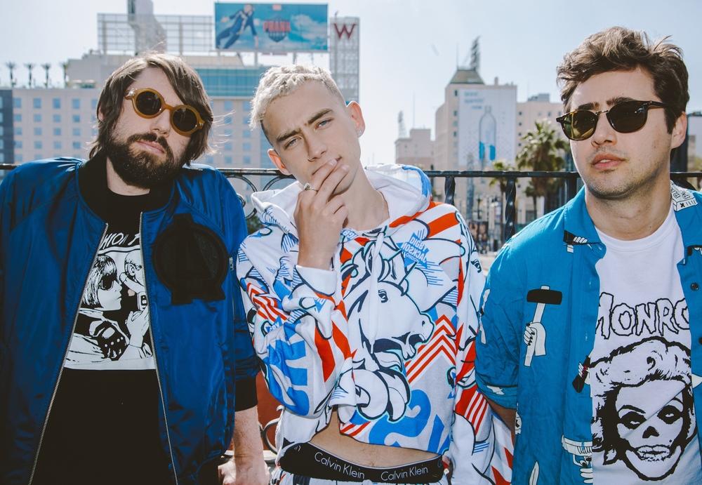 Erme: Shirt  Brian Lichtenberg  / Mikey: Jacket  G-Star Raw  Shirt  Brian Lichtenberg  Sunglasses  G-Star Raw  Olly: Calvin Klein