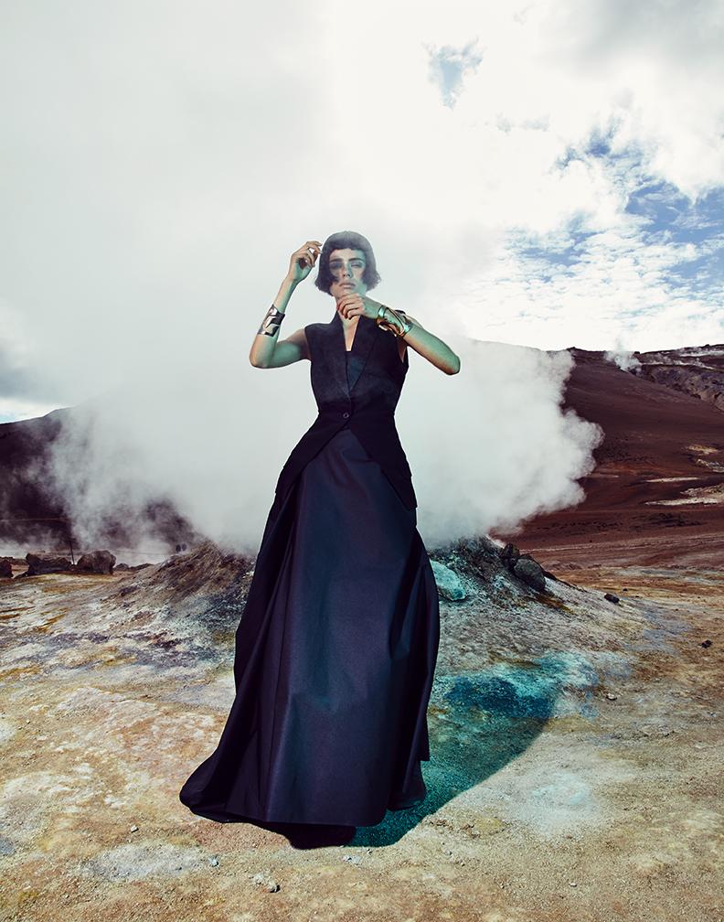 Vest: Alexander McQueen / Dress: Calvin Klein / Cuffs: PLUMA