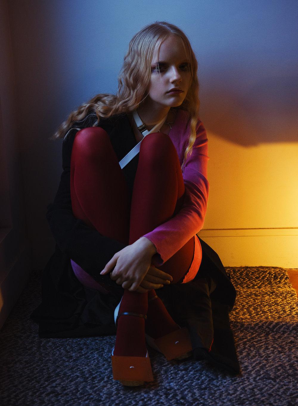 Dress:   JITROIS /  Coat:   DIOR /  Harness:   ABSAINTE PARIS   Tights:   FALKE/  Shoes:   VERONIQUE LEROY