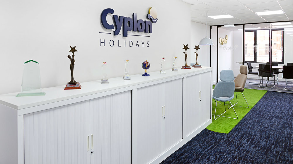 cyplon-travel5-small.jpg