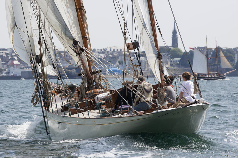 Above: PATNA (1920) Camper & Nicholson design, restored by Kaitie and Greg seen here racing in Douarnenez in 2012 © Emily Harris