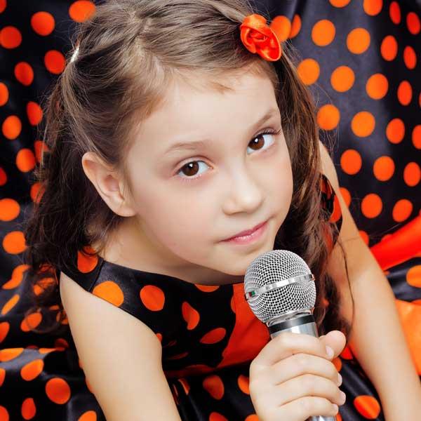 singer-girl.jpg