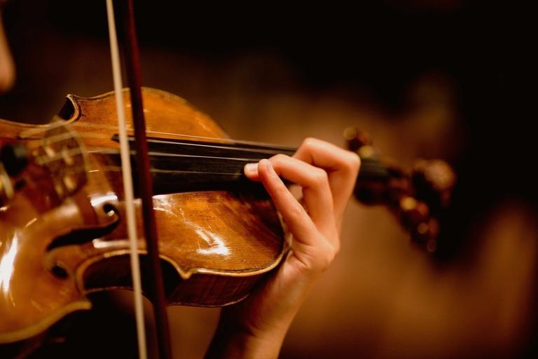 rsz_violin-lessons-derby.jpg