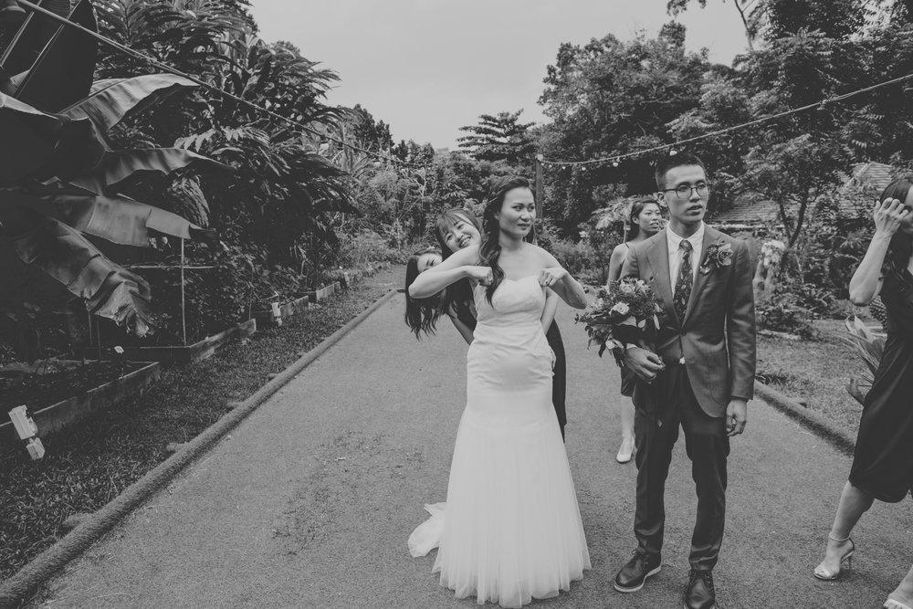 Devon Wedding Photographer Amy Sampson | Singapore wedding