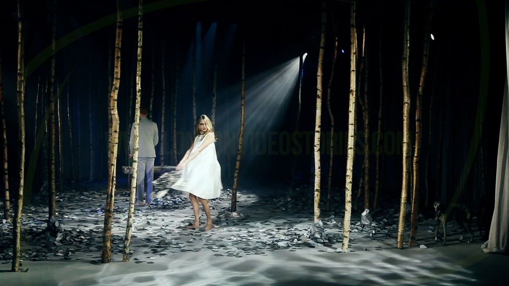 Cara Delevingne London Fashion Week - London Video Stories.jpg