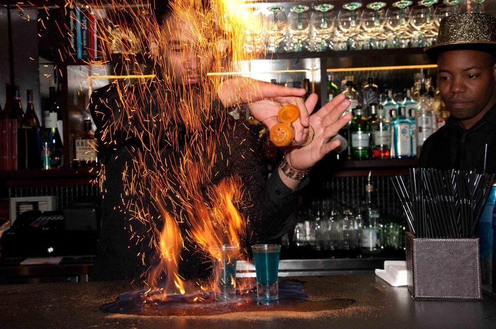 London Cocktails - London Video Stories.jpg