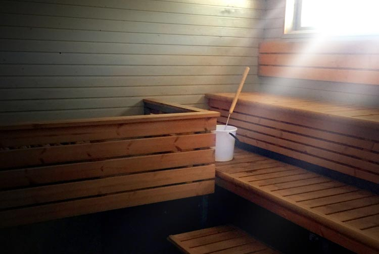 Löydä saunat Vantaalla Kuusijärven maisemista