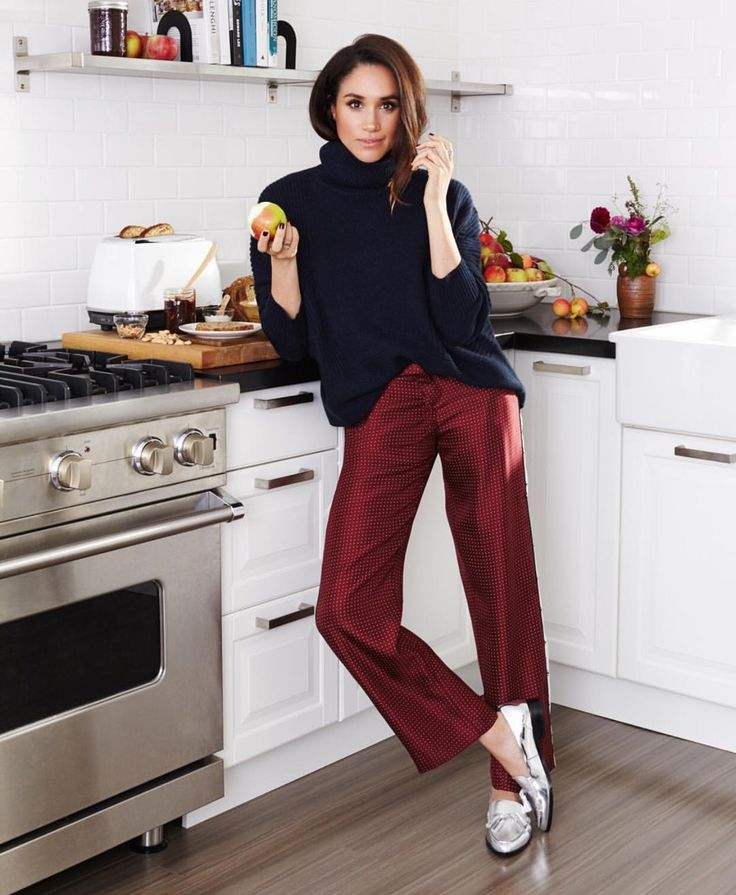 Alexandrea Jarvis | Dinner Party Devotee | Worth Noting; Let Them Eat Acai (Meghan Markle's Breakfast of Choice)