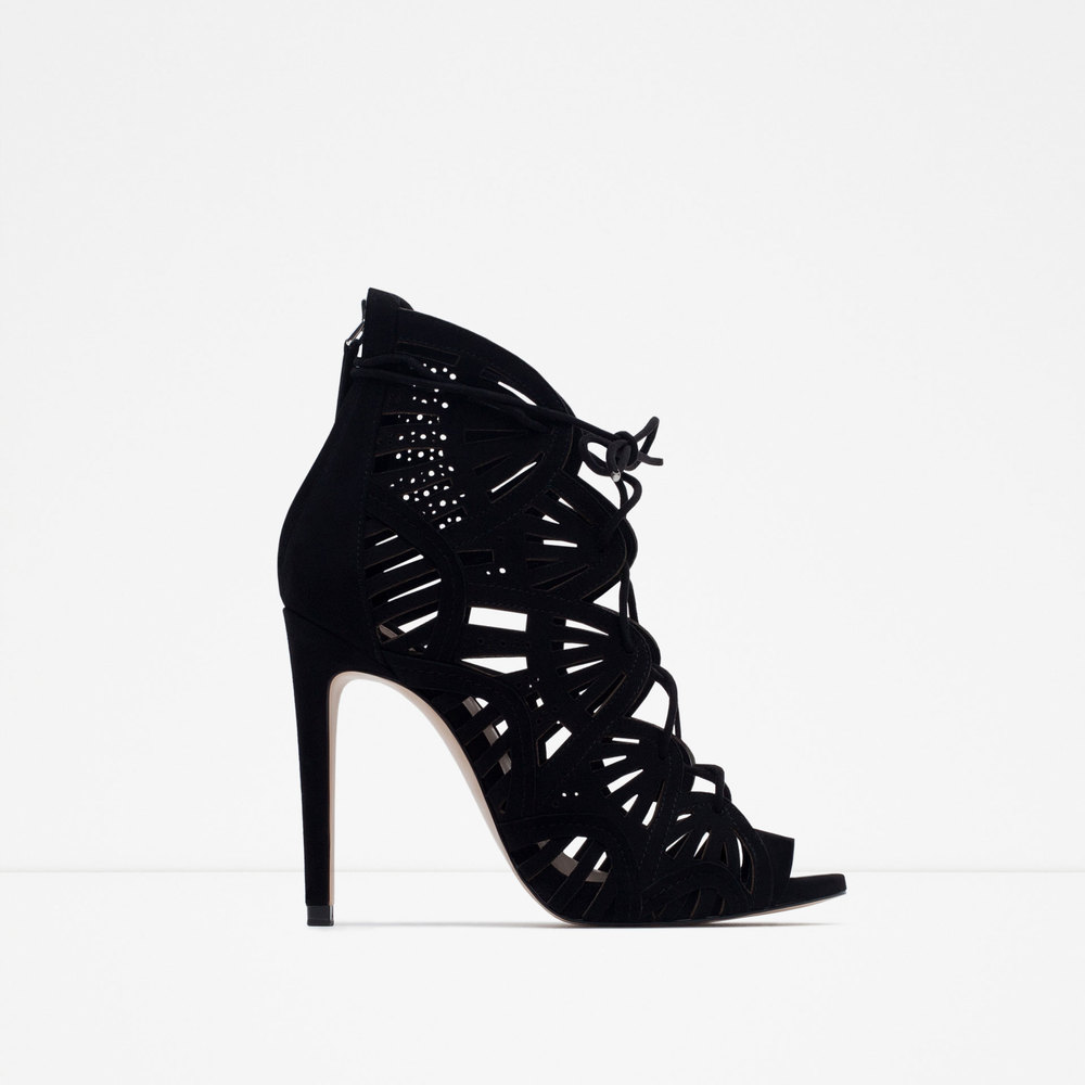 ZARA - WRAPAROUND LEATHER SANDALS £59.99