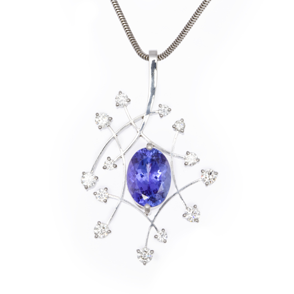 NICHOLAS WYLDE - TANZANITE AND DIAMOND NECKLACE - POA