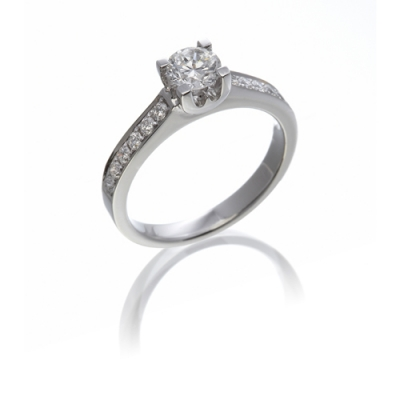 "NICHOLAS WYLDE - DIAMOND SOLITAIRE ""W"" STYLE RING WITH DIAMOND SET SHOULDERS - £4,530"