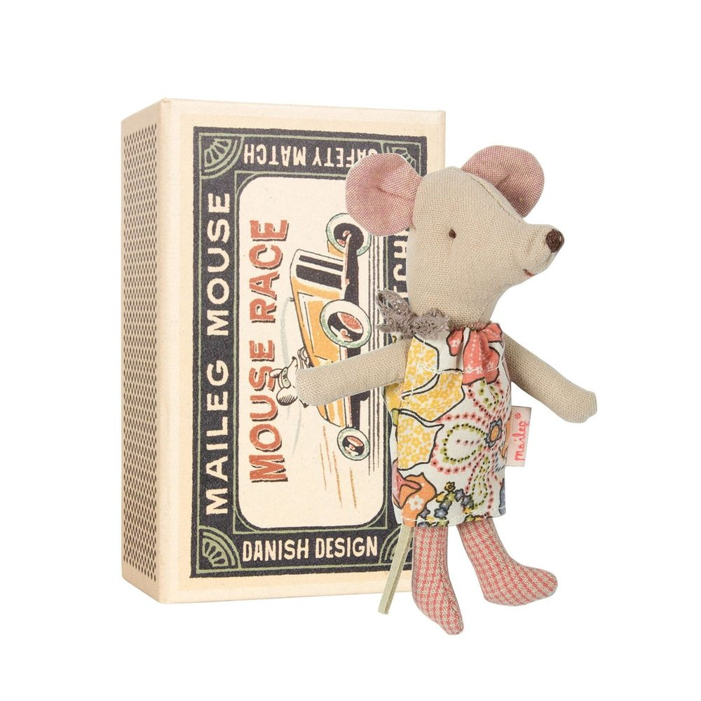 GRAHAM & GREEN LITTLE SISTER MOUSE IN A MATCHBOX - £19.95
