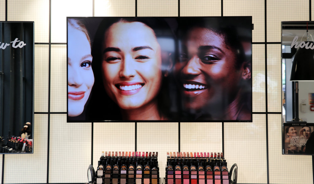 Amy Conway at Bobbi Brown Bath.jpg
