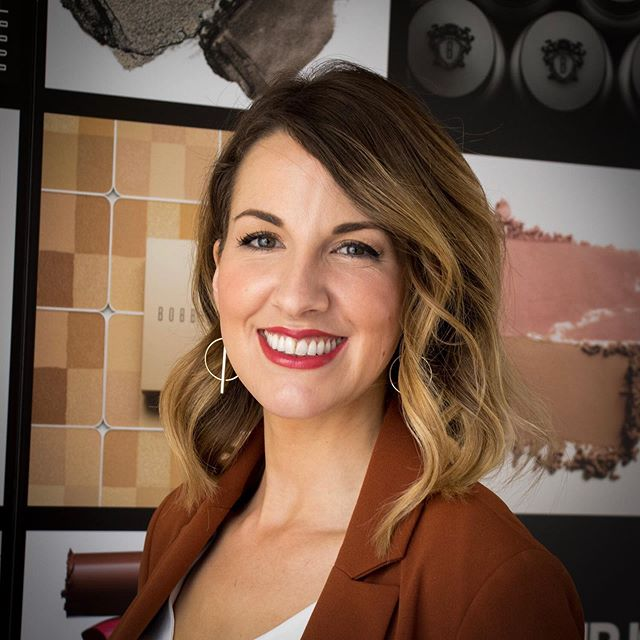 The lovely team @bb_bath recently got in touch to invite me over to their shop on Milsom St to meet Lauren Shepherd @bobbibrownuk Social Content Editor & creator of @huntersandheels 🤩 . . . Lauren was in-store for one day only to celebrate the new shade extension launch of Bobbi Brown's amazing foundations 😍 . . . Having followed Lauren's adventures on her blog, YouTube channel & Instagram feed for the past couple of years, I couldn't wait to actually meet her in person! . . . I was excited to be given the opportunity to host a Q&A session with Lauren, who was as every bit as gorgeous, warm and personable as she appears online ☺️ . . . To discover what Bobbi Brown products Lauren can't live without, her top tips and beauty buys for new and tired mums, when and why she established Hunters & Heels, who inspires her the most in her industry, plus, much, much more, then please visit the link in my bio! 💄👆🏻