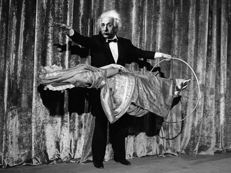 The Amazing Einstein The Illusionist, Stage Magician