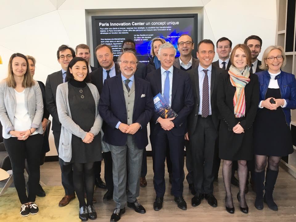 En présence d'Olivier Dassault, de Jean-Michel Fourgous et de Vincent Ledoux