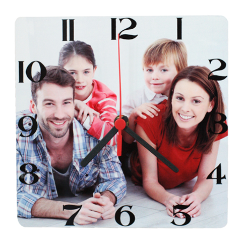 Foto Orologio da 23,50 € - Orologio personalizzato che accompagnerà le ore della tua giornata.