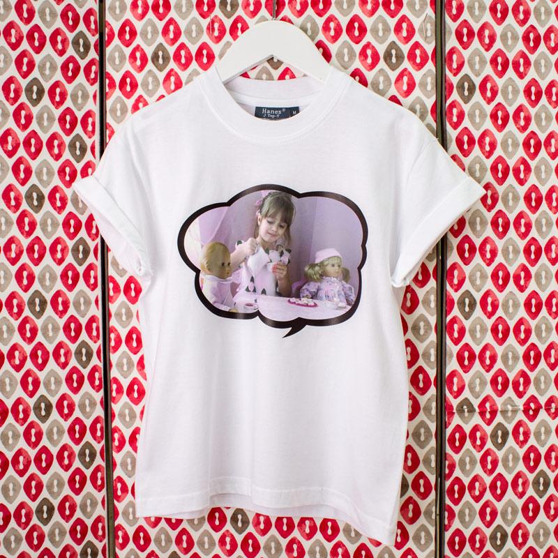 Maglietta 19,00 € - Porta in giro il tuo stile tutto da personalizzare!