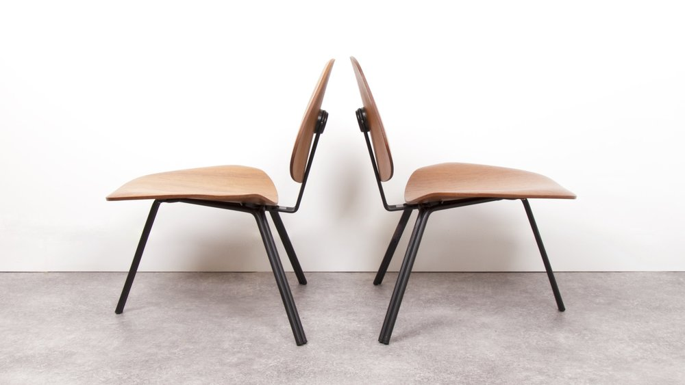 OSVALDO BORSANI - P31 LOUNGE CHAIRS 4