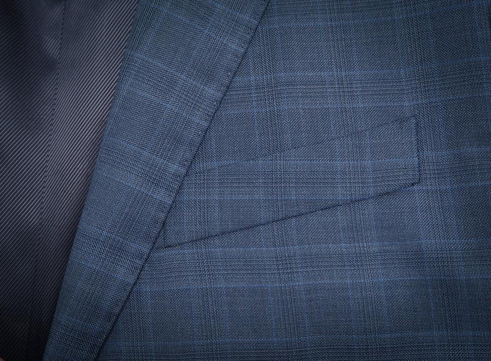 Lomme-blå-jakke.jpg