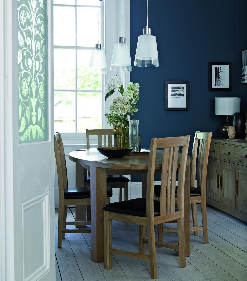 Barnes dining room image.jpg