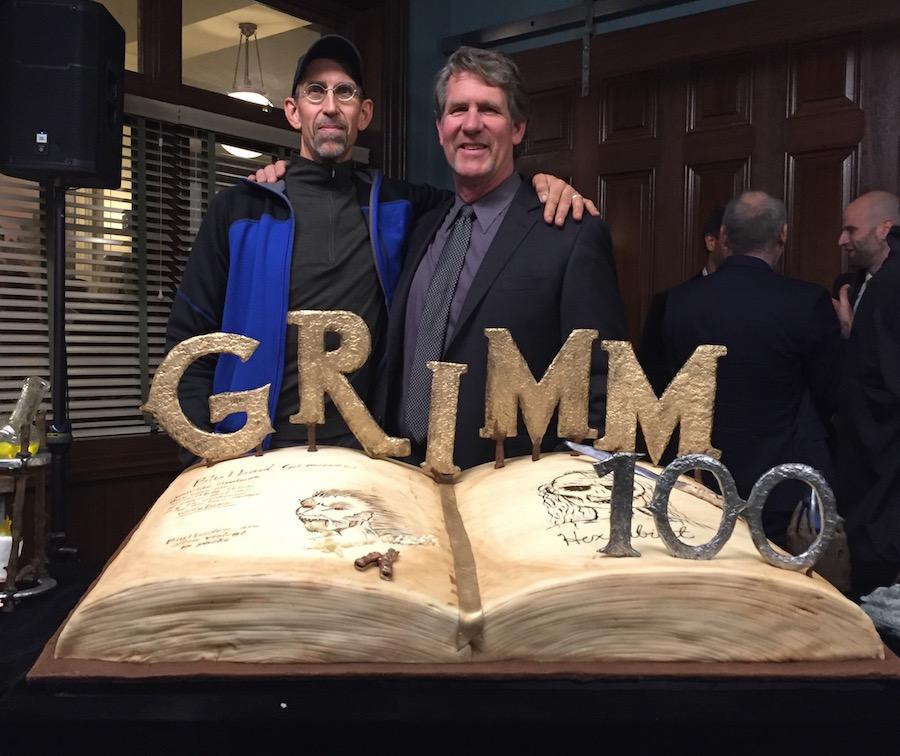 100-episode-cake.jpg