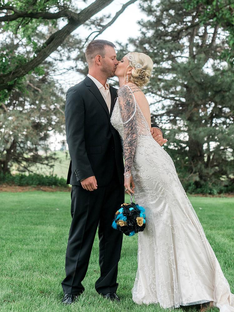 backyard wedding small wedding kiss waterloo ia wedding photography.jpg